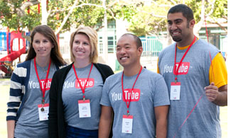 YouTube visited the FIDM campus and hosted a Stylist Challenge for students.
